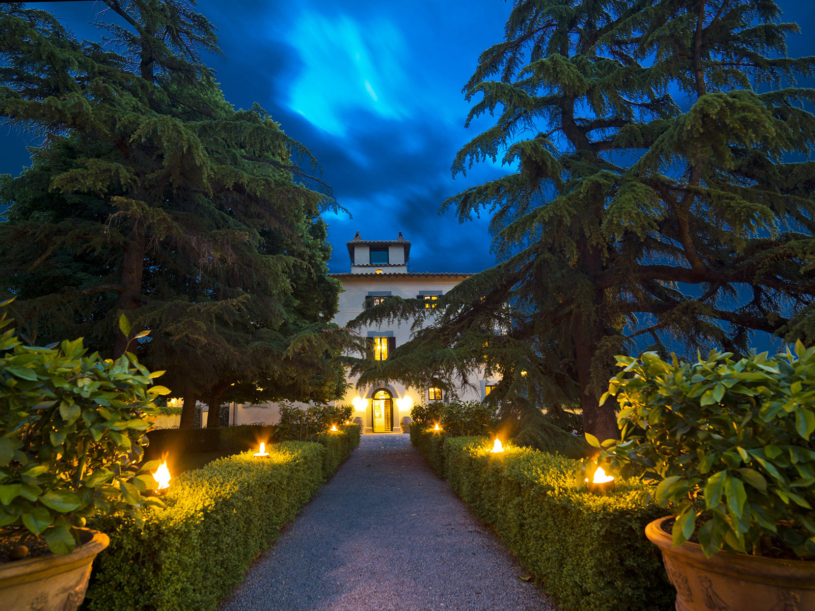 Villa-Monte-Solare-Hotel-and-SPA-in-Umbria-Italy